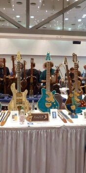 Jersey-Girl-Guitars-Japan.jpg
